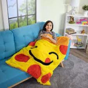 Snuggly Blanket pizza couch